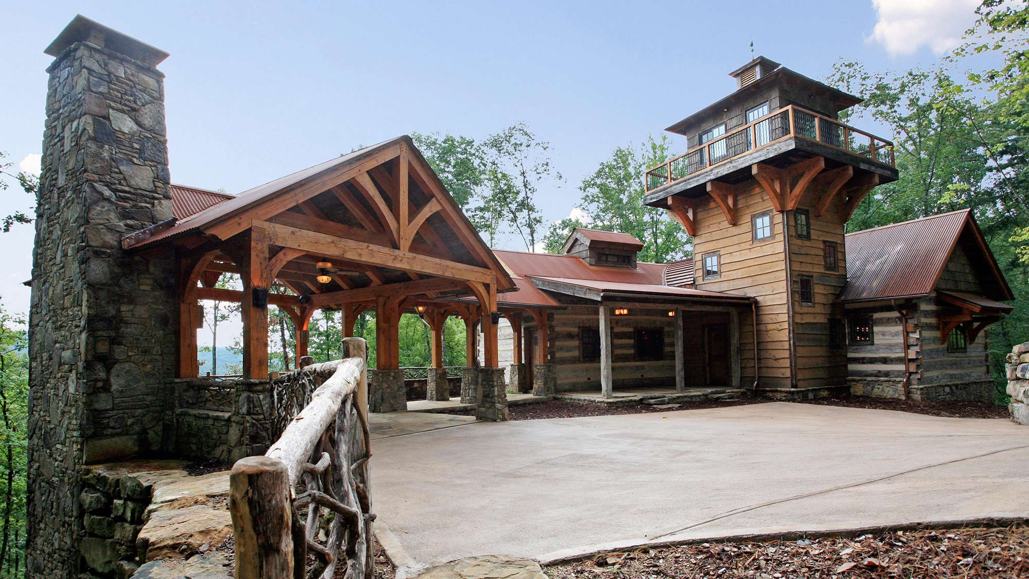 Home barnwood living for Log barn homes