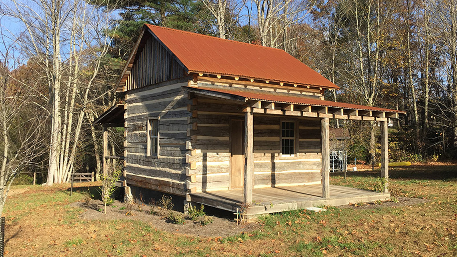 Handcrafted Cabins and Barns - Barnwood Living